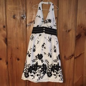 White and black flower halter top dress